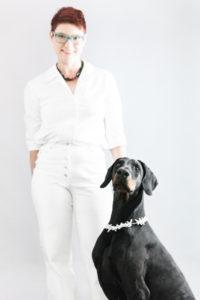 Brigitta von Gruenberg - mit Dobermann